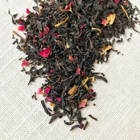 ROSEBUD BLACK TEA